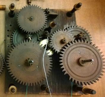 clock-gears-wooden