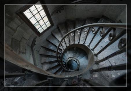 castle stairs.jpg